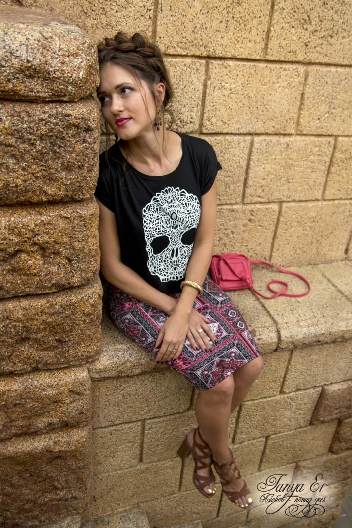 Еще одна деталь образа, прическа в стиле Фриды Кало.