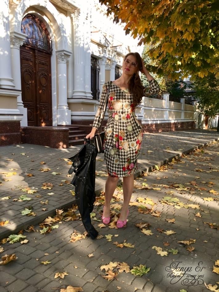 """Платье из шелка, модель из журнала """"Бурда""""."""