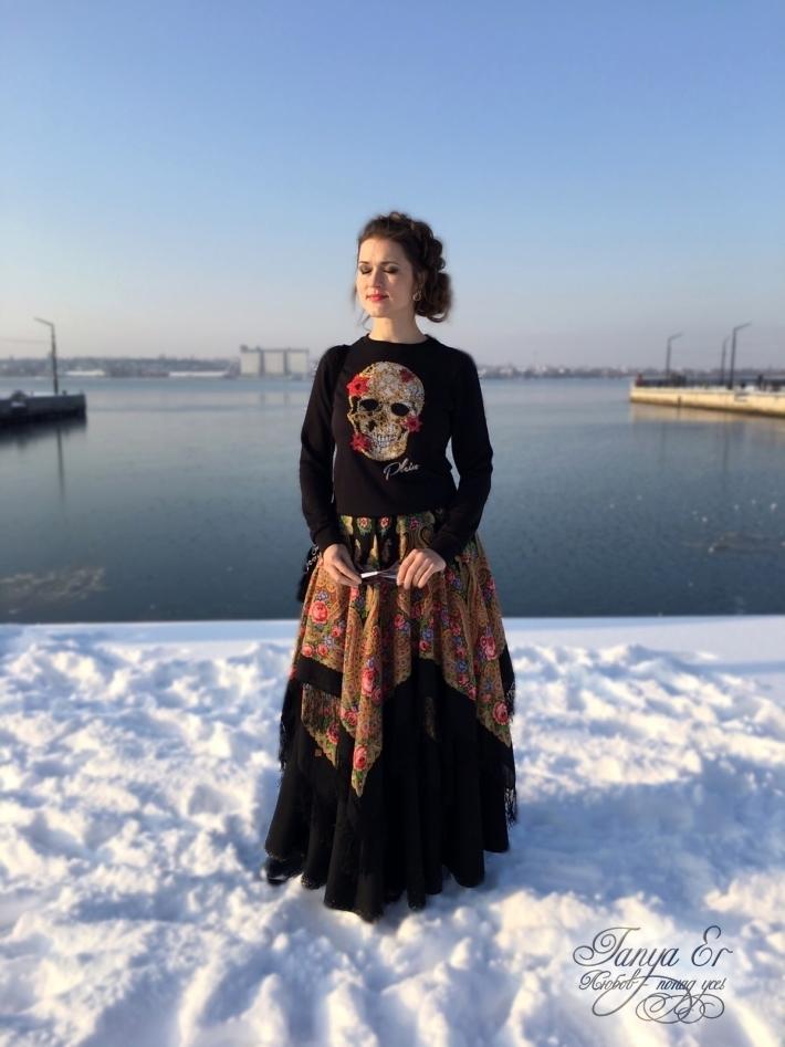 Теплая,комфортная и красивая юбка с отсылкой на традиции.